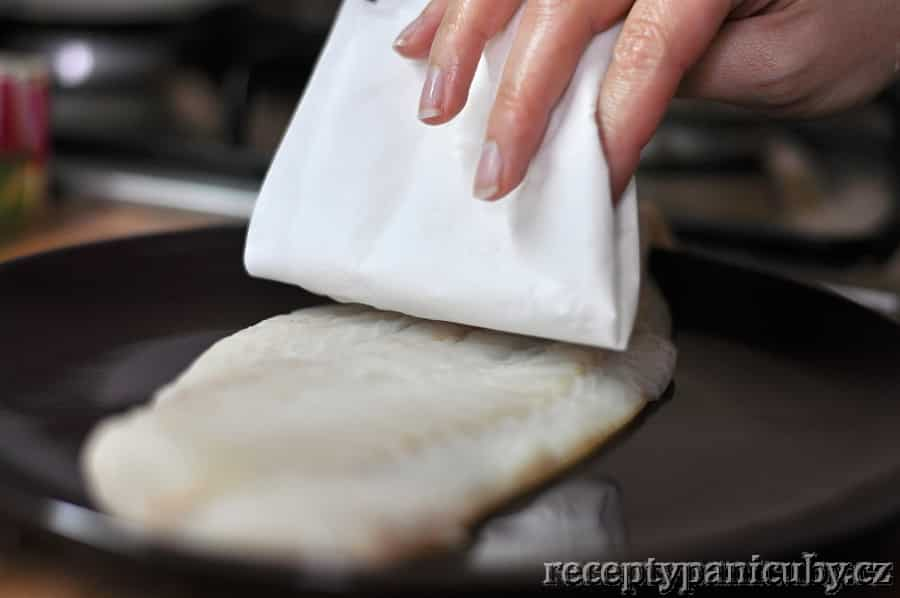 Bylinkové fish & chips paní Čuby - rybu si osušíme