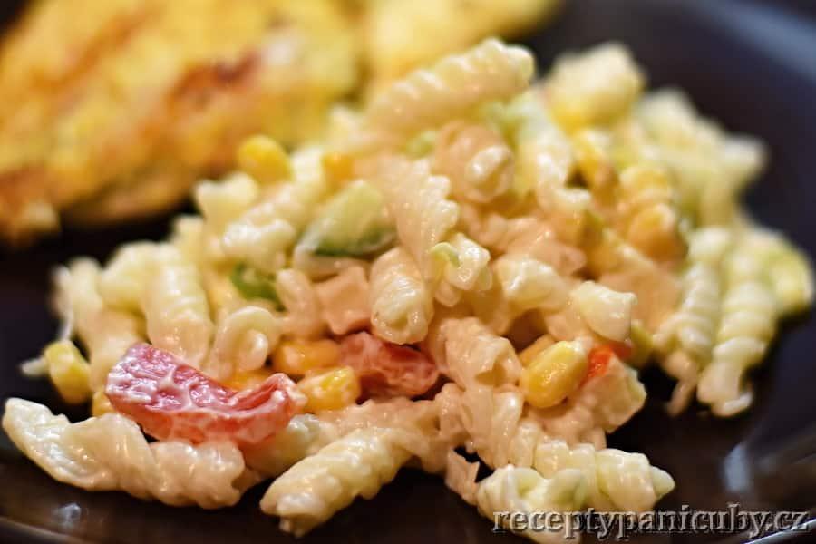 Těstovinový salát paní Čuby