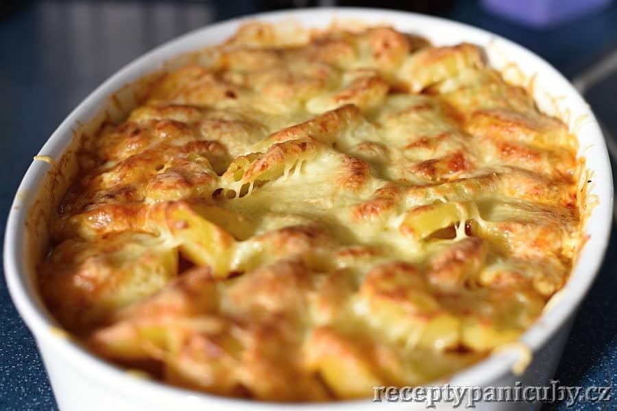 Pečené hovězí s bramborem a sýrem - ohlala