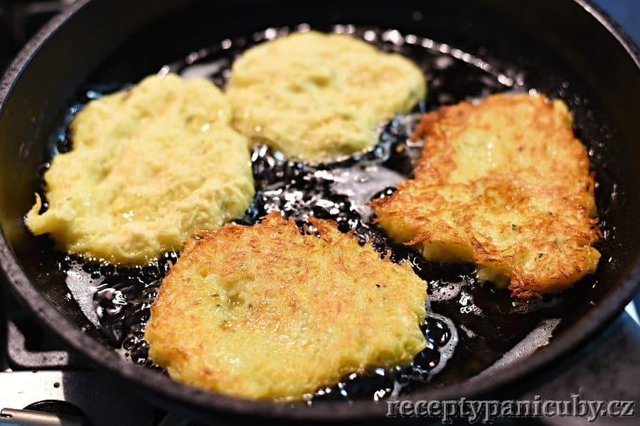 Tradiční bramboráky - a smažíme