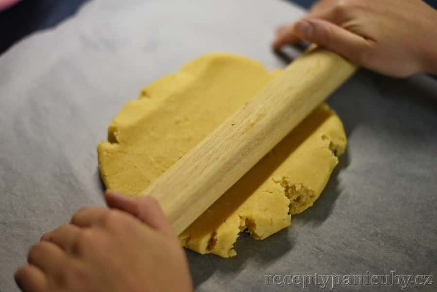 Citrónový koláč - připravíme si korpus