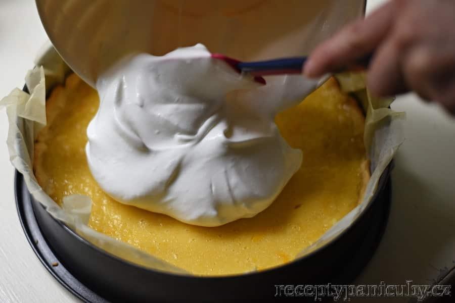 Citrónový koláč - přidáme sněhovou peřinku