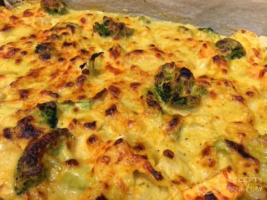 Zapečená zelenina v sýrovo-kari omáčce - pečeme dozlatova