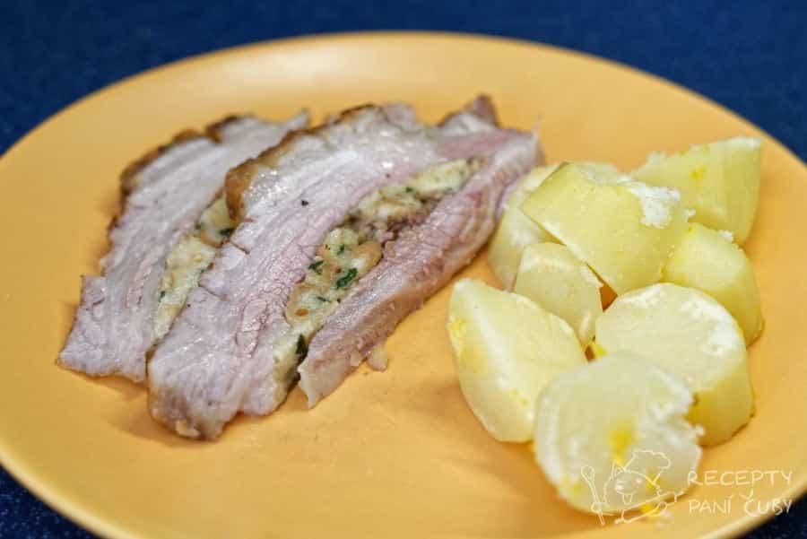 Nadívaný vepřův bůček - nejlepší s bramborem