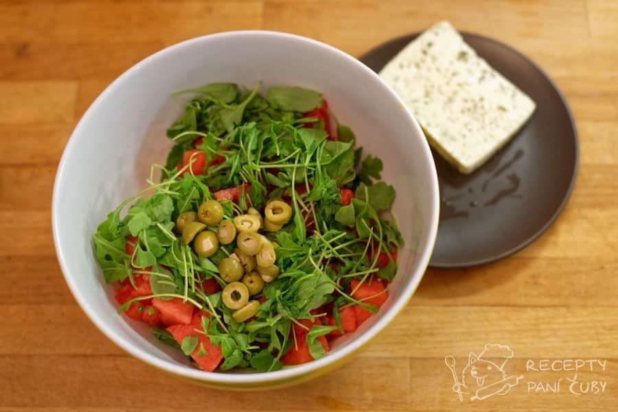 Melounový salát - olivosti dle libosti