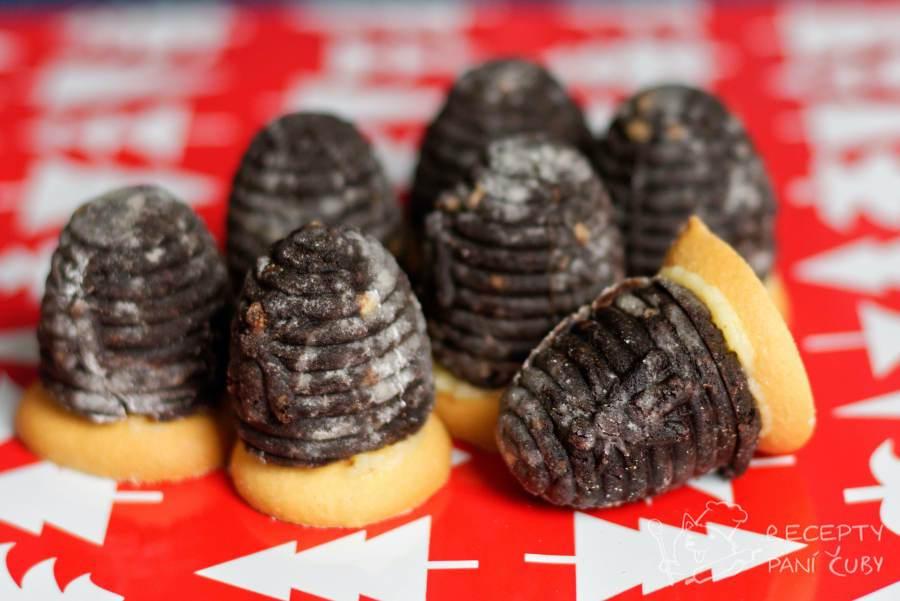 Hlavní fotka k receptu Kakaová vosí hnízda