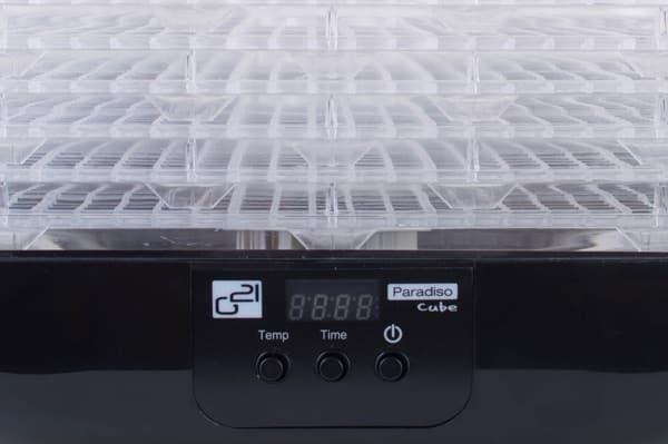 Digitální nastavení teploty, ukazatel času a jednotlačítkové ovládání
