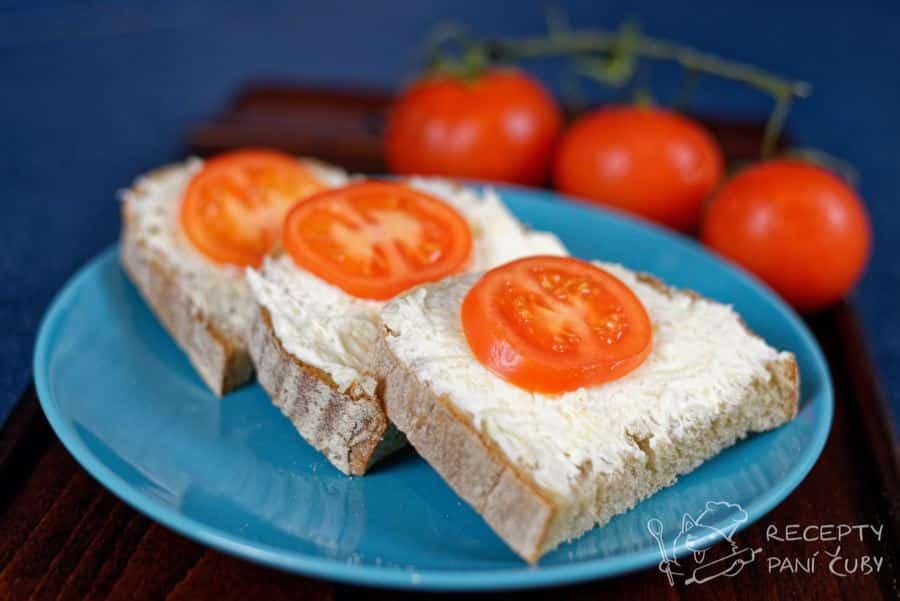 Hlavní fotka k receptu Česnekovo – sýrová pomazánka