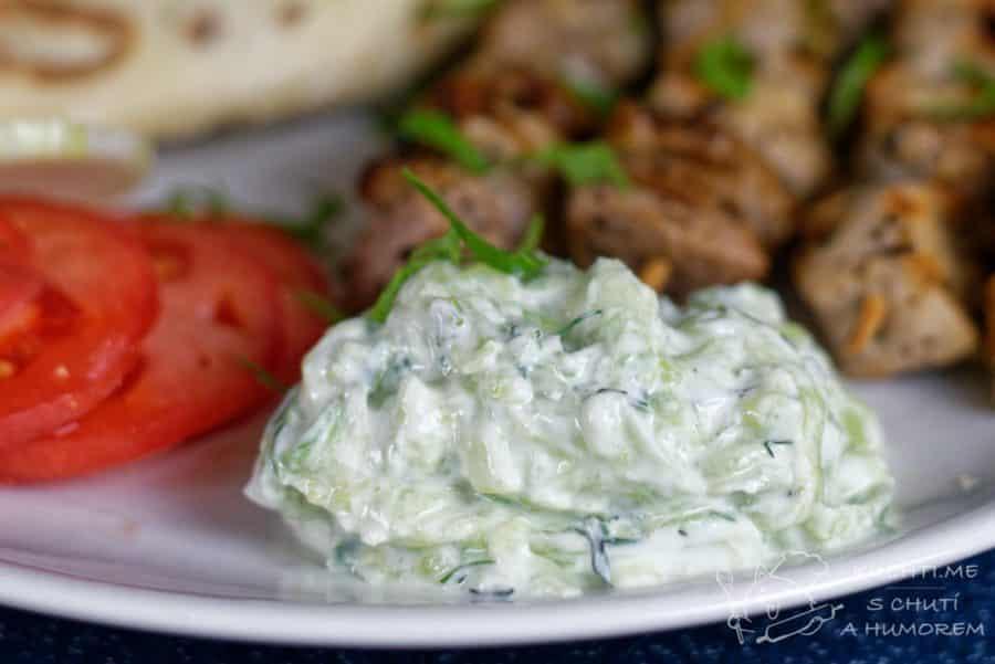 Hlavní fotka k receptu Výborné řecké tzatziki anebo luxusní okurka v jogurtu