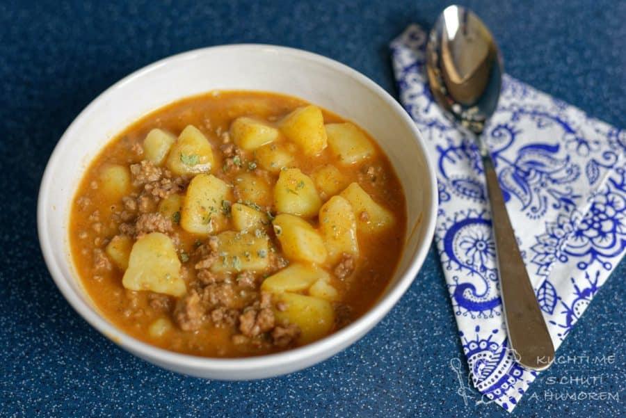 Hlavní fotka k receptu Gulášová polévka z mletého masa