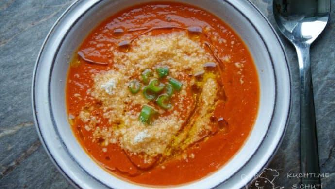 Rajčatová polévka - a zdobení nakonec