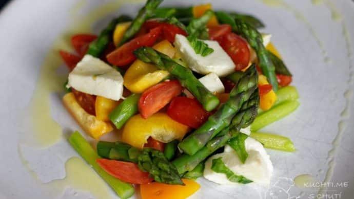 Salát se zeleným chřestem - jednoduchá dokonalost