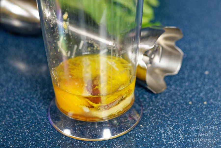 Klasický caesar salát - alfa a omega receptu = dresink