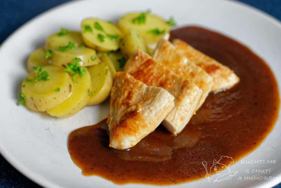 Hlavní fotka k receptu Krůtí steak se švestkovou omáčkou