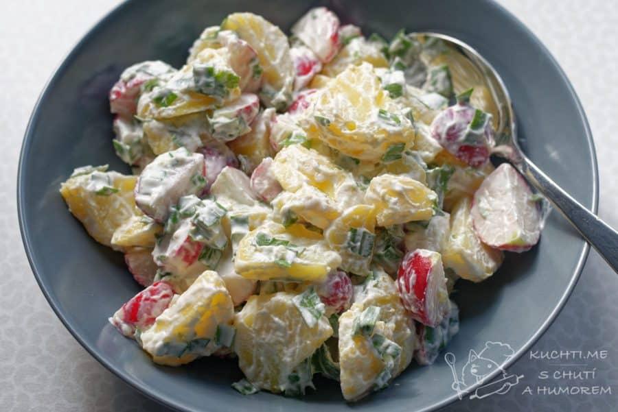 Hlavní fotka k receptu Jarní bramborový salát s ředkvičkami