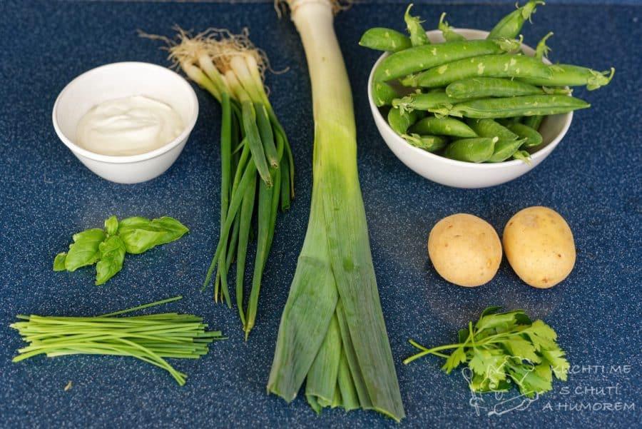 Jarní bylinková polévka s hráškem a pórkem – ingredience